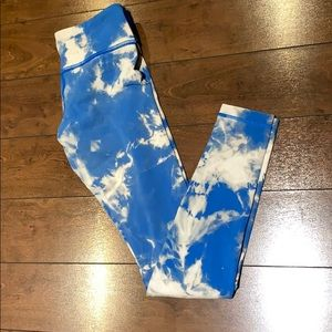 Lululemon remastered reversible tie dye leggings